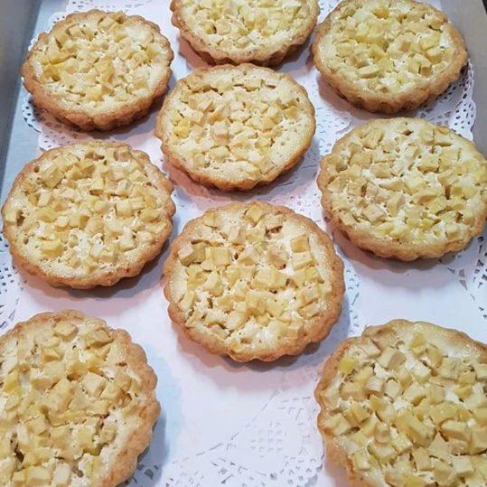 Тарталетки яблочные со сливочной заливкой